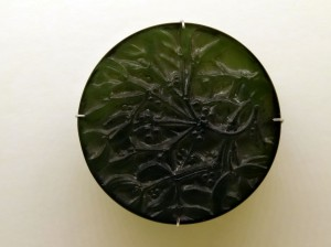 bouton Lalique