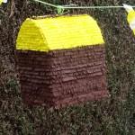 DIY piñata à partir d'un carton