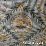 Nouveauté dans le vide-cousette : boite à couture ancienne
